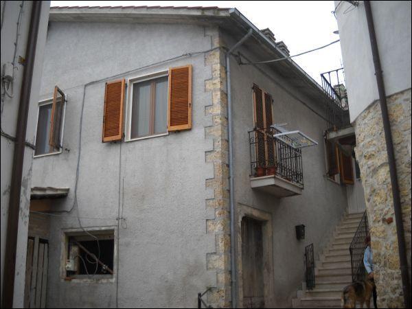 Appartamento in vendita a Folignano, 9999 locali, prezzo € 100.000 | Cambio Casa.it