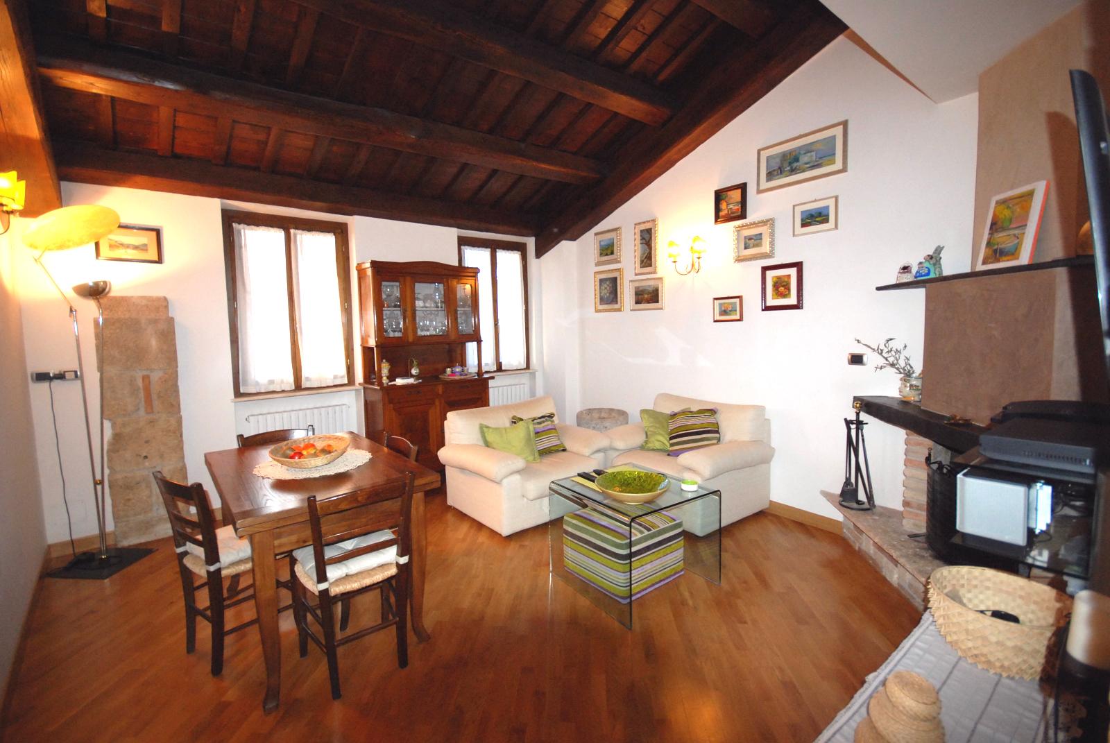 Appartamento in vendita a Ascoli Piceno, 5 locali, zona Località: CentroStorico, prezzo € 210.000 | Cambio Casa.it
