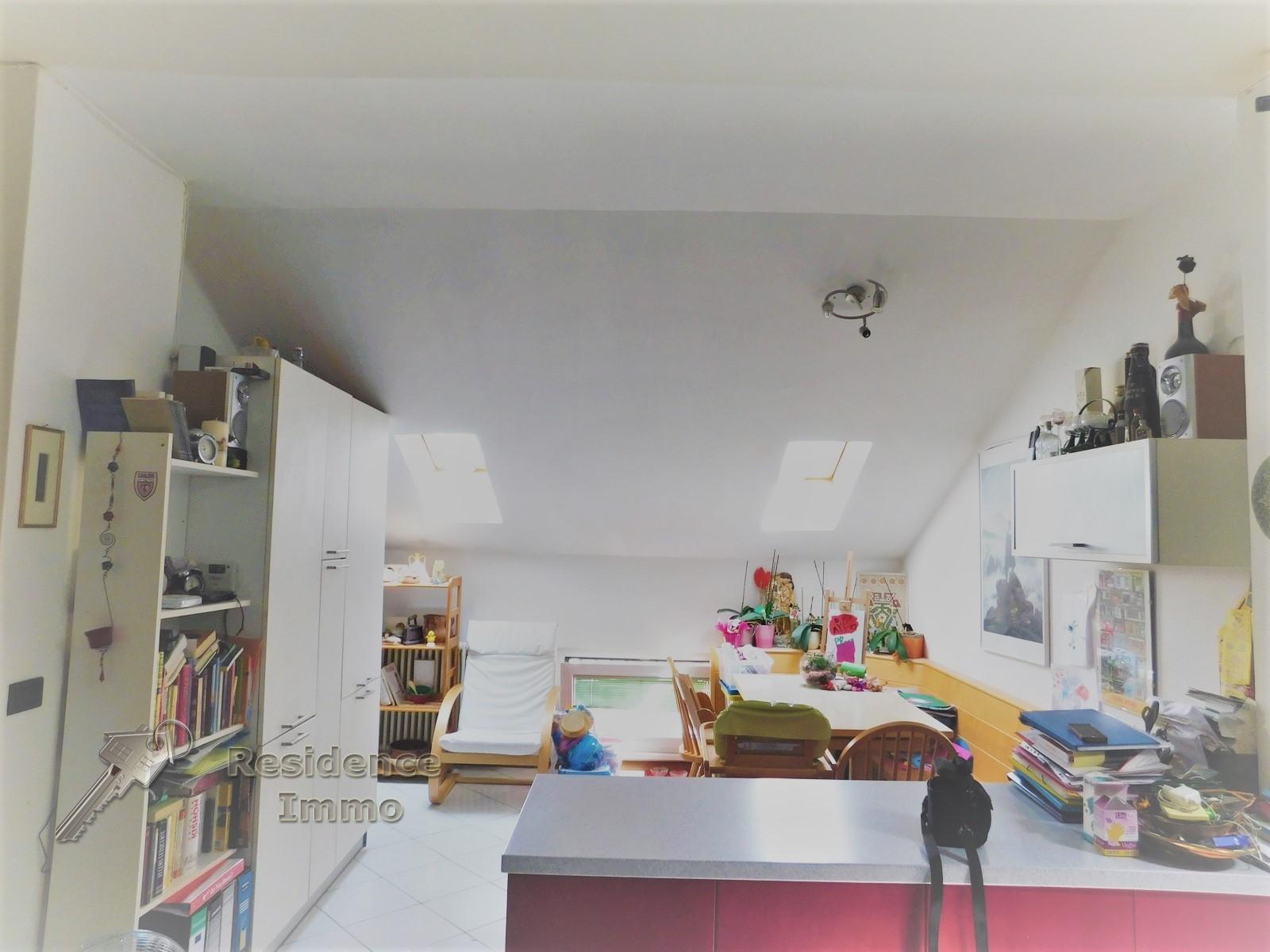 Attico / Mansarda in vendita a Bolzano, 3 locali, zona Zona: Residenziale, prezzo € 240.000 | CambioCasa.it