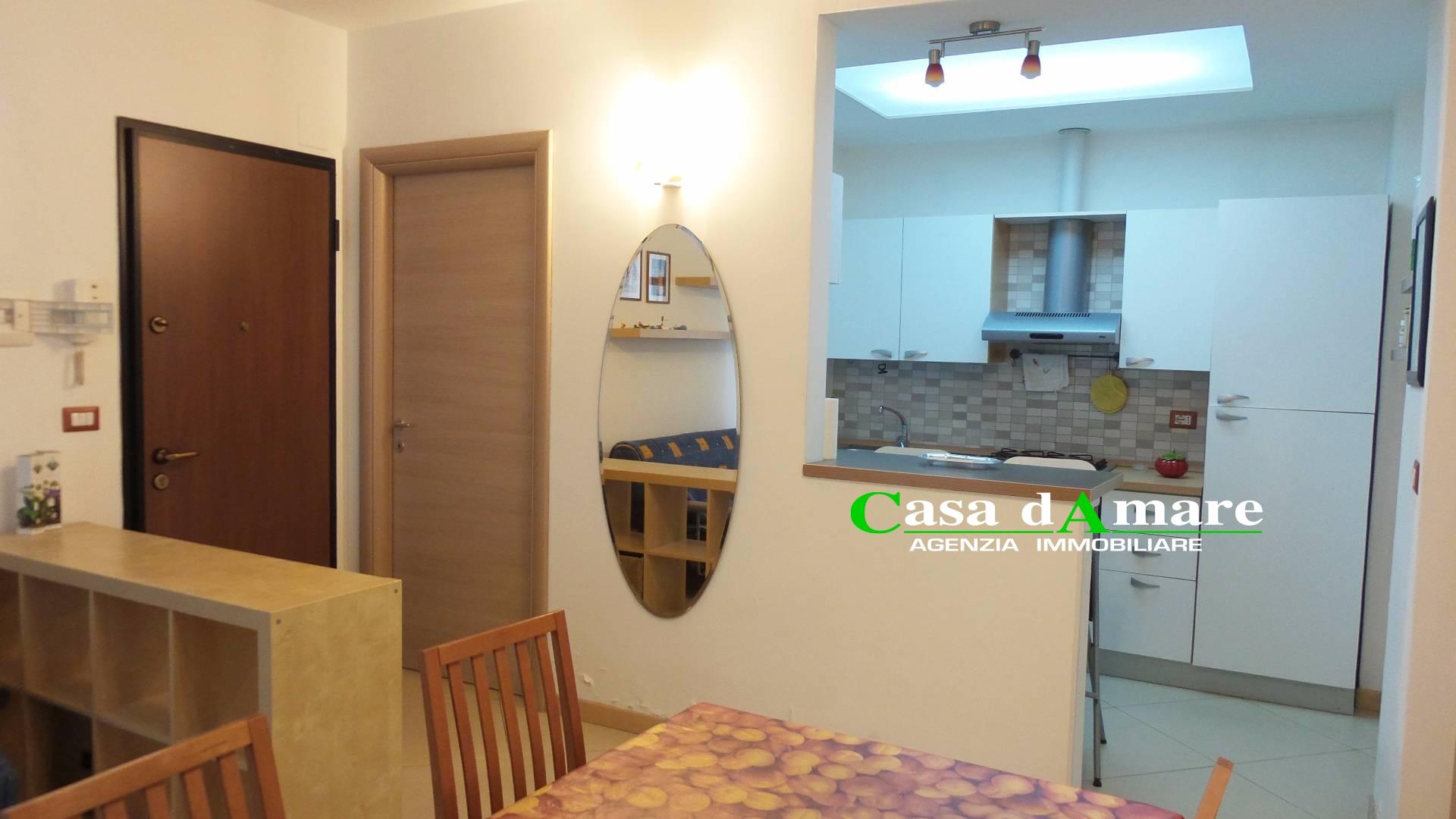 Appartamento in vendita a San Benedetto del Tronto, 3 locali, zona Località: PortodAscoli, prezzo € 95.000 | Cambio Casa.it