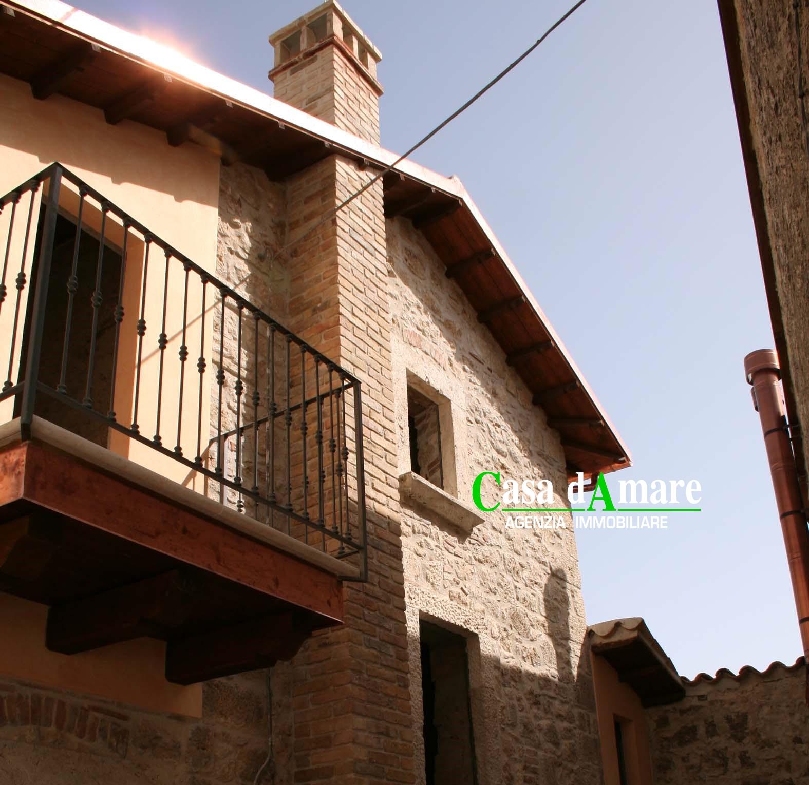 Soluzione Indipendente in vendita a Ascoli Piceno, 4 locali, zona Zona: Carpineto, prezzo € 90.000   Cambio Casa.it