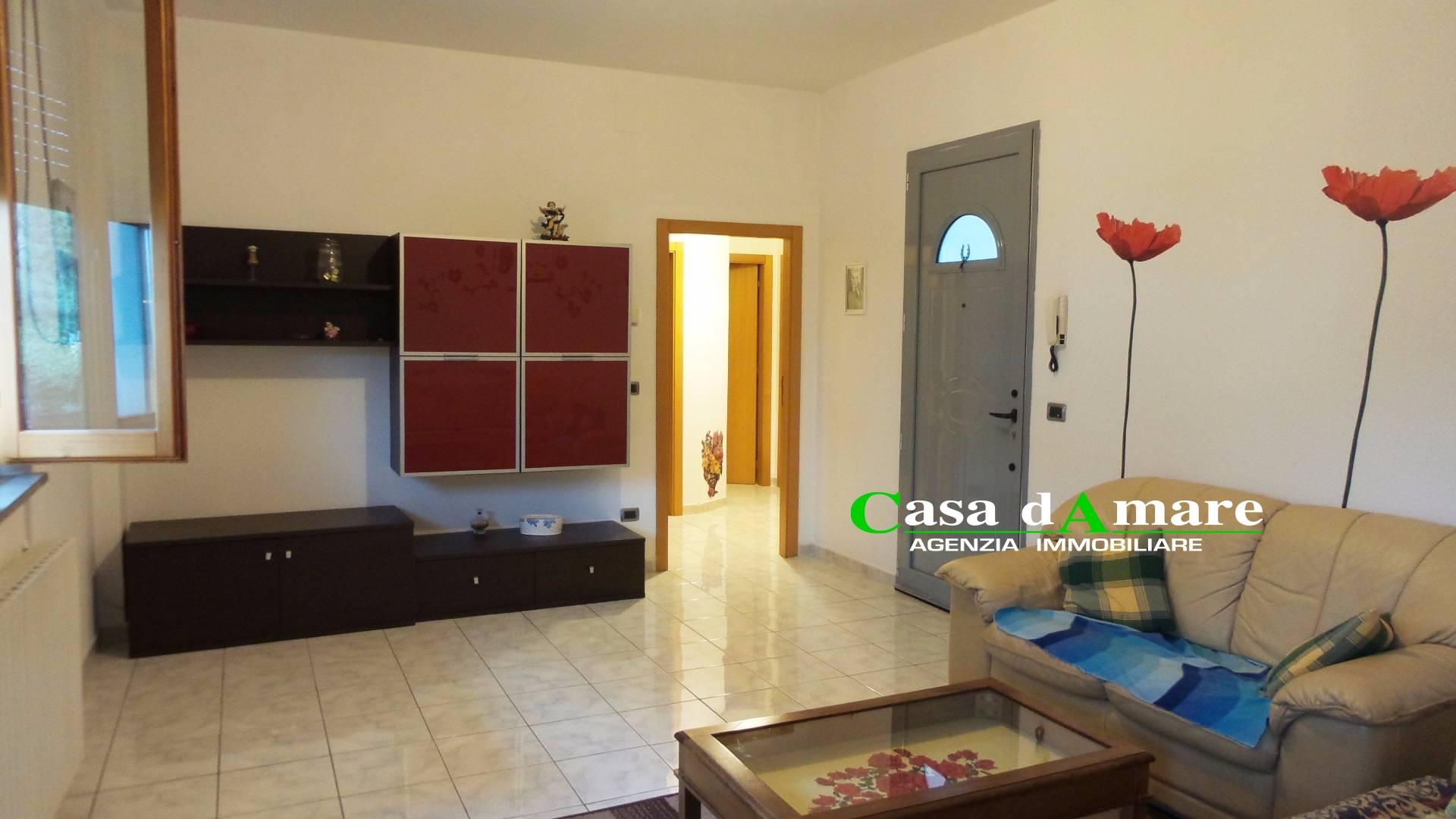 Appartamento in affitto a San Benedetto del Tronto, 4 locali, zona Località: SanBenedettodelTronto, prezzo € 650 | Cambio Casa.it