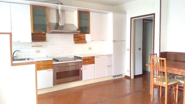 Appartamento in vendita a Pasian di Prato, 3 locali, zona Località: S.aCaterina, prezzo € 78.000 | Cambio Casa.it