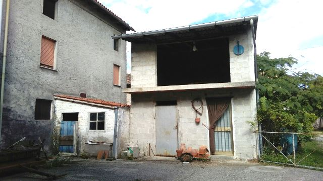 Soluzione Semindipendente in vendita a Flaibano, 4 locali, prezzo € 40.000 | Cambio Casa.it