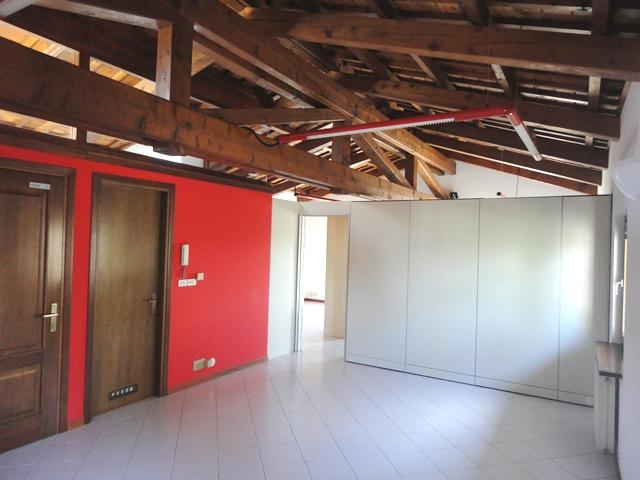 Ufficio / Studio in affitto a Campoformido, 9999 locali, prezzo € 600 | CambioCasa.it