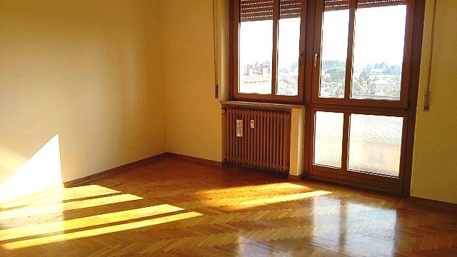 Appartamento in vendita a Pasian di Prato, 3 locali, zona Località: S.aCaterina, prezzo € 68.000 | CambioCasa.it