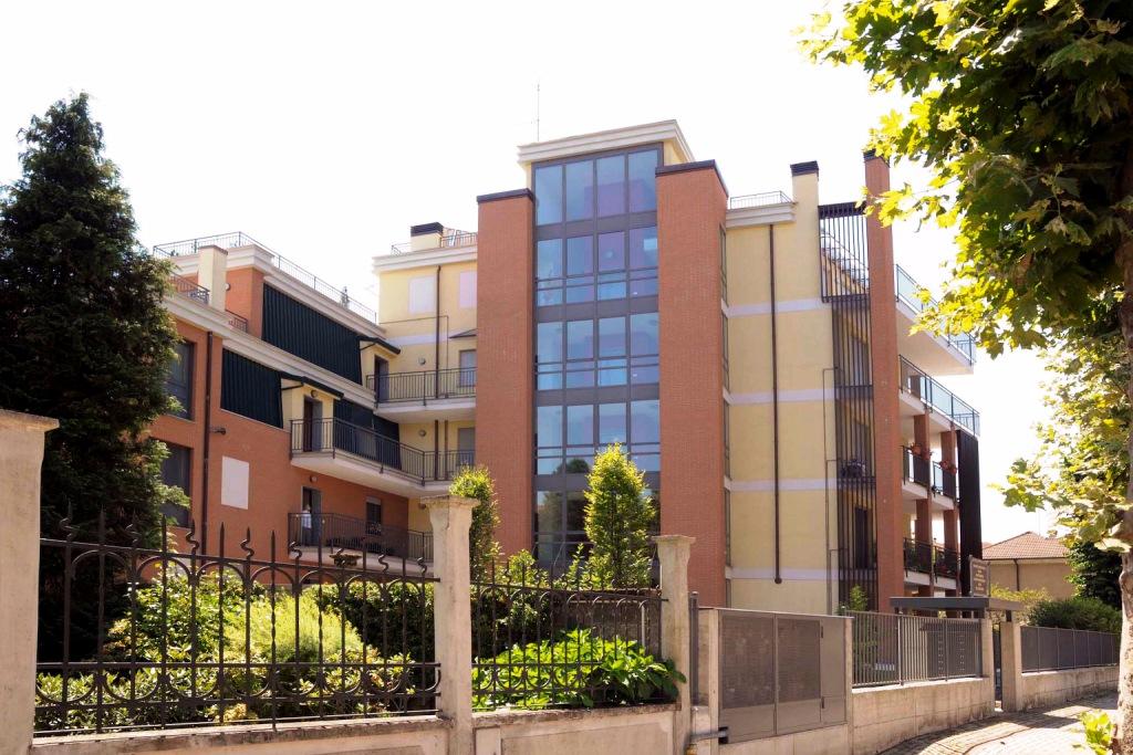 Bilocale Abbiategrasso Viale Mazzini 1