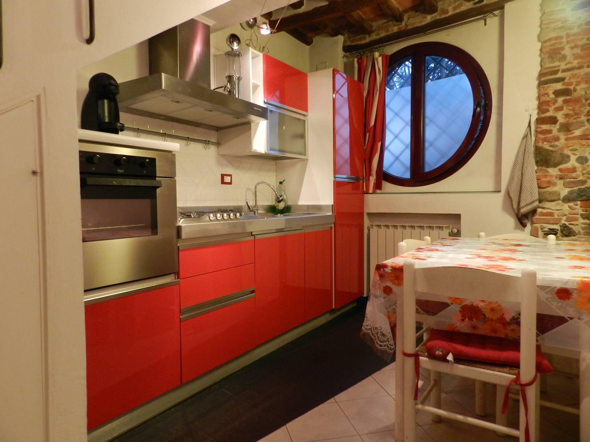 Rustico / Casale in affitto a Lucca, 3 locali, zona Località: S.AngeloinCampo, prezzo € 600 | CambioCasa.it