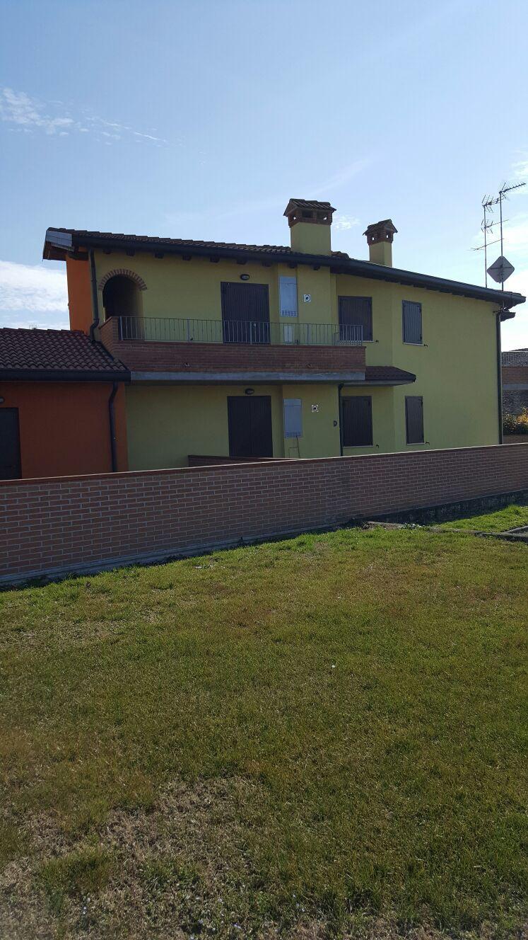 Appartamento in vendita a Voghiera, 3 locali, zona Zona: Gualdo, prezzo € 86.000   CambioCasa.it