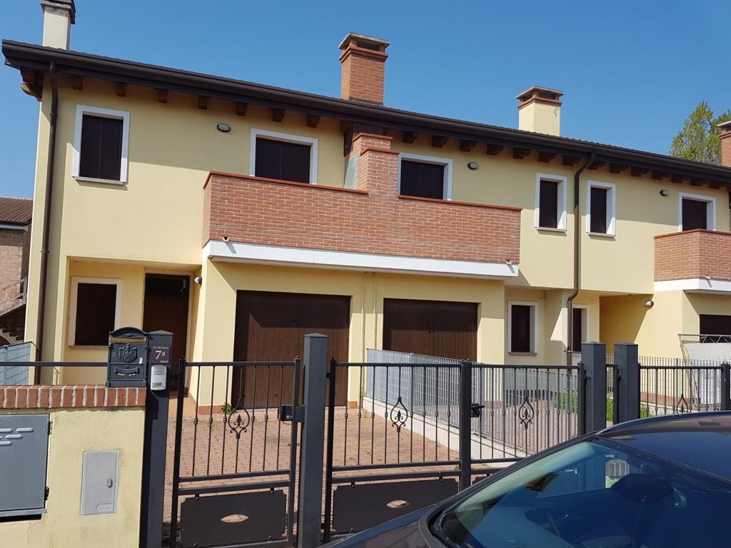 Villa a Schiera in vendita a Goro, 5 locali, prezzo € 133.200 | CambioCasa.it