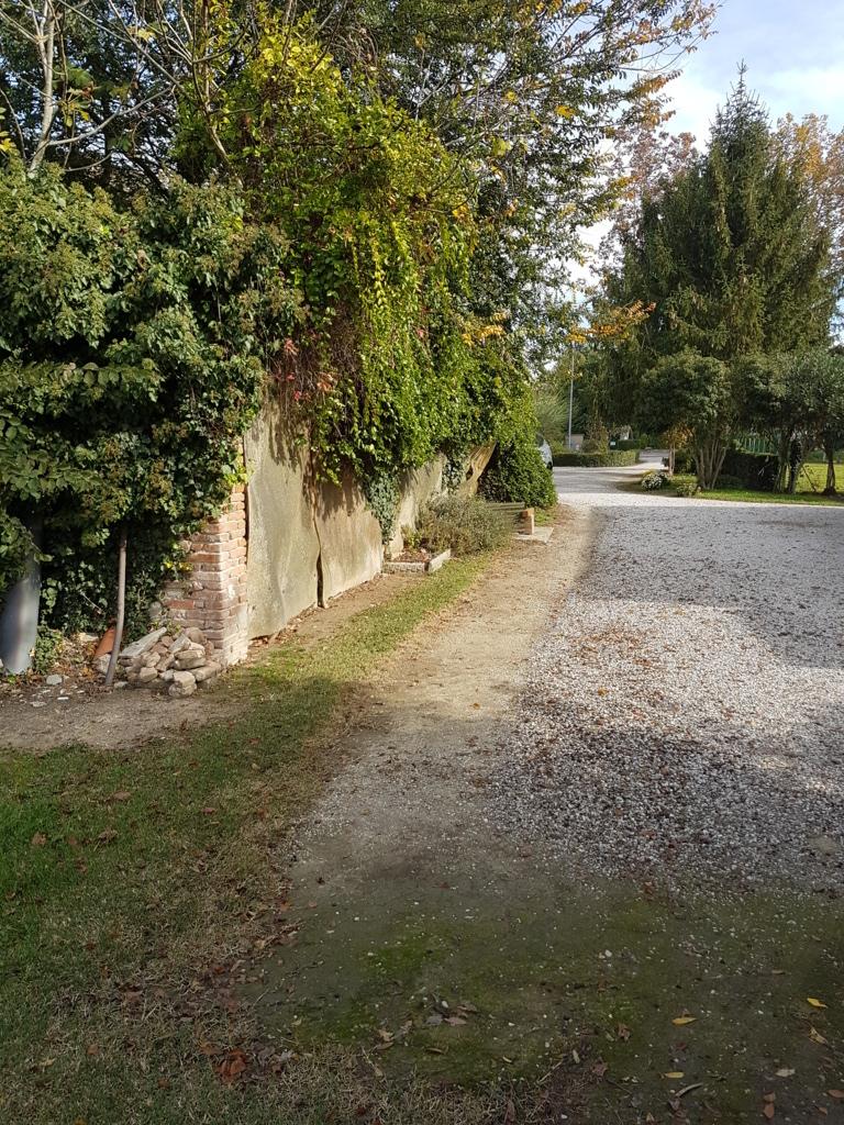 Terreno Edificabile Residenziale in vendita a Ferrara, 9999 locali, zona Zona: Francolino, prezzo € 75.000 | CambioCasa.it