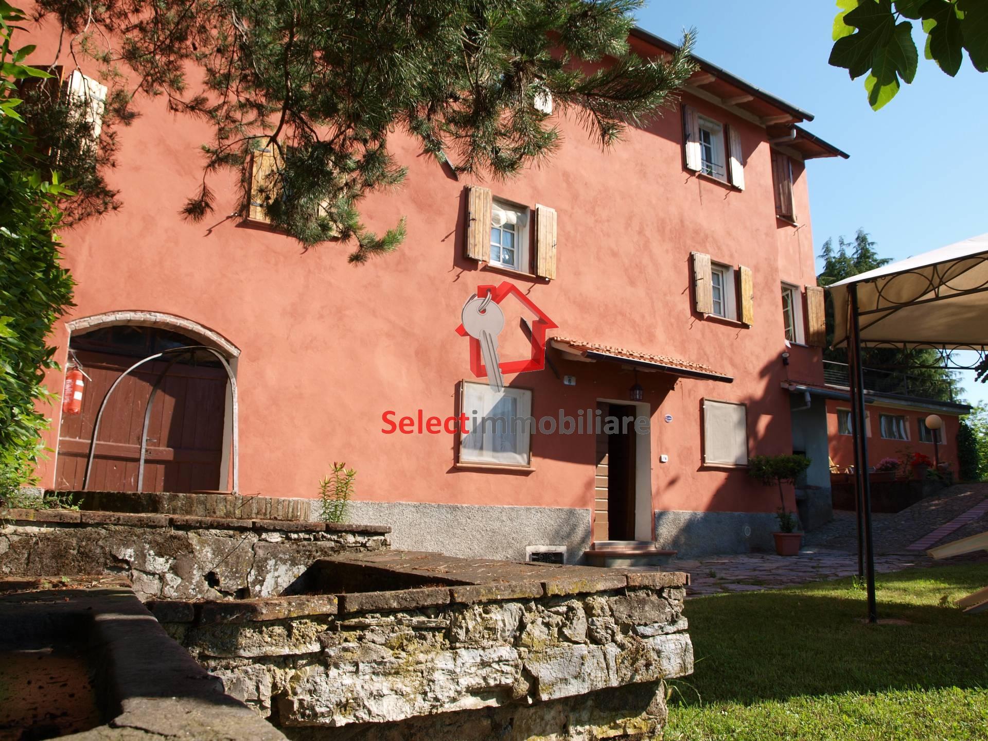 Rustico / Casale in vendita a Borgo a Mozzano, 10 locali, prezzo € 500.000 | Cambio Casa.it