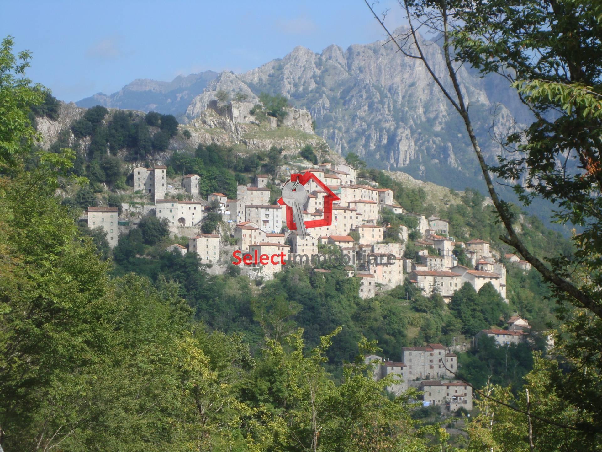 Appartamento in vendita a Bagni di Lucca, 5 locali, zona Zona: Lucchio, prezzo € 20.000 | Cambio Casa.it