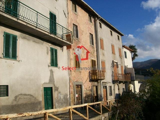 Soluzione Semindipendente in Vendita a Bagni di Lucca