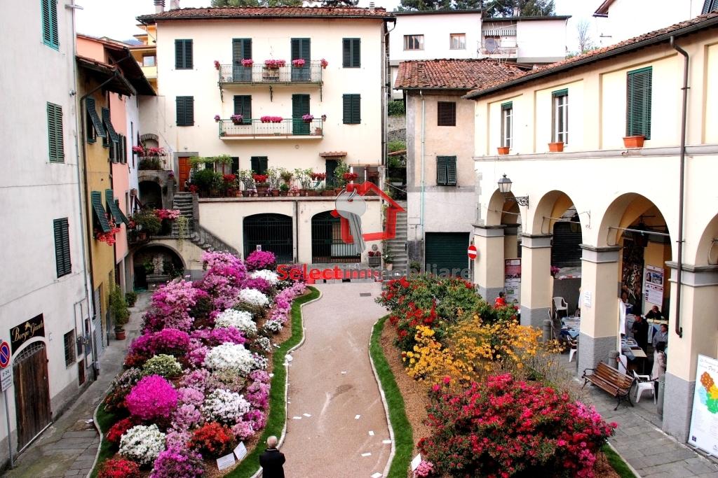 Appartamento in vendita a Borgo a Mozzano, 4 locali, zona Località: capoluogo, prezzo € 135.000 | Cambio Casa.it