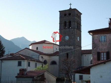 Appartamento in vendita a Coreglia Antelminelli, 4 locali, zona Località: PianodiCoreglia, prezzo € 110.000 | CambioCasa.it