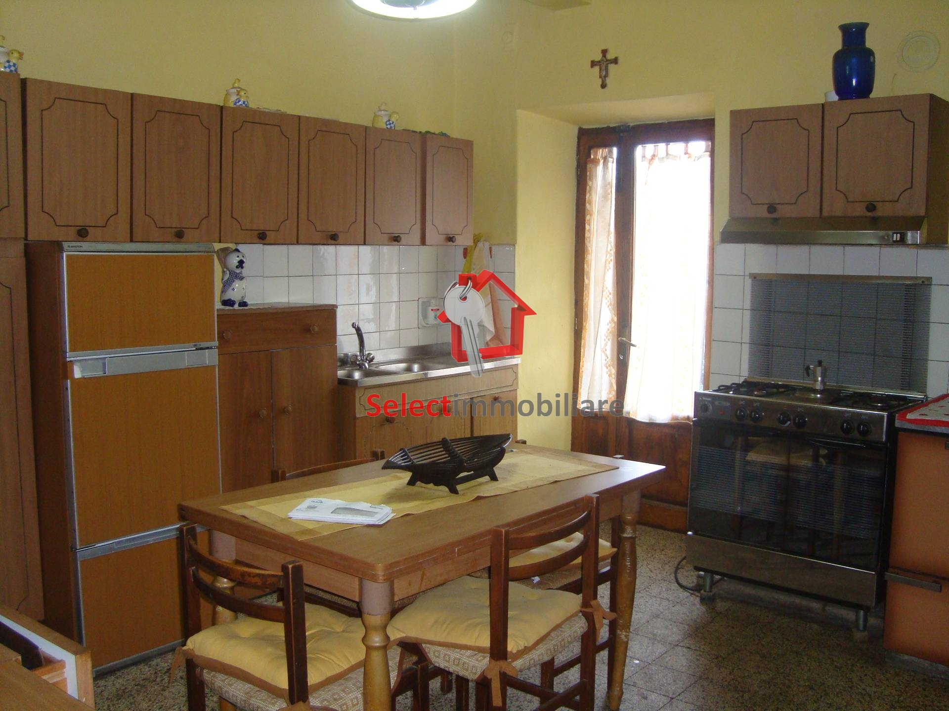 Soluzione Semindipendente in affitto a Borgo a Mozzano, 5 locali, zona Zona: Anchiano, prezzo € 75.000 | CambioCasa.it
