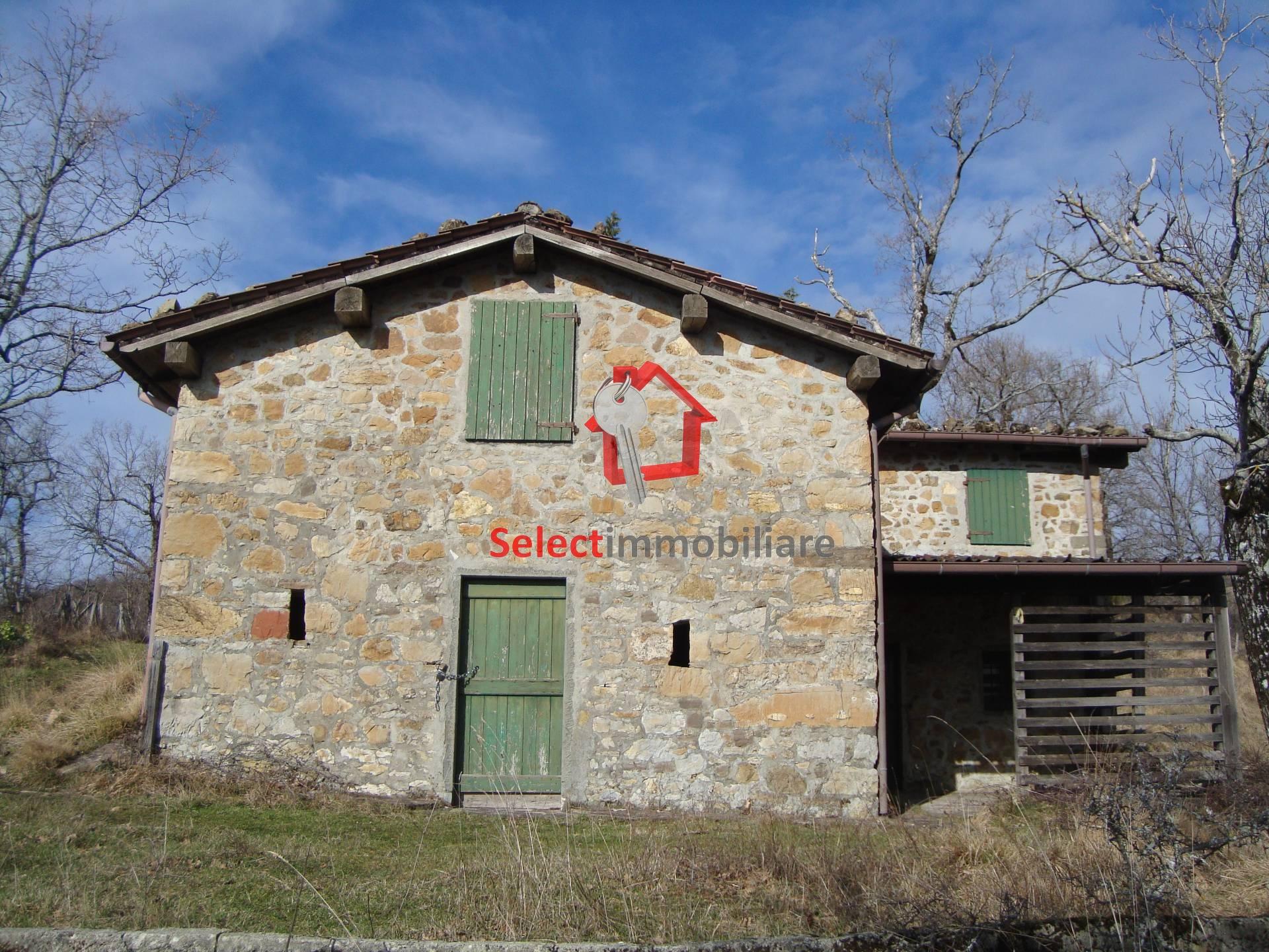 Rustico / Casale in vendita a Bagni di Lucca, 4 locali, prezzo € 40.000 | CambioCasa.it