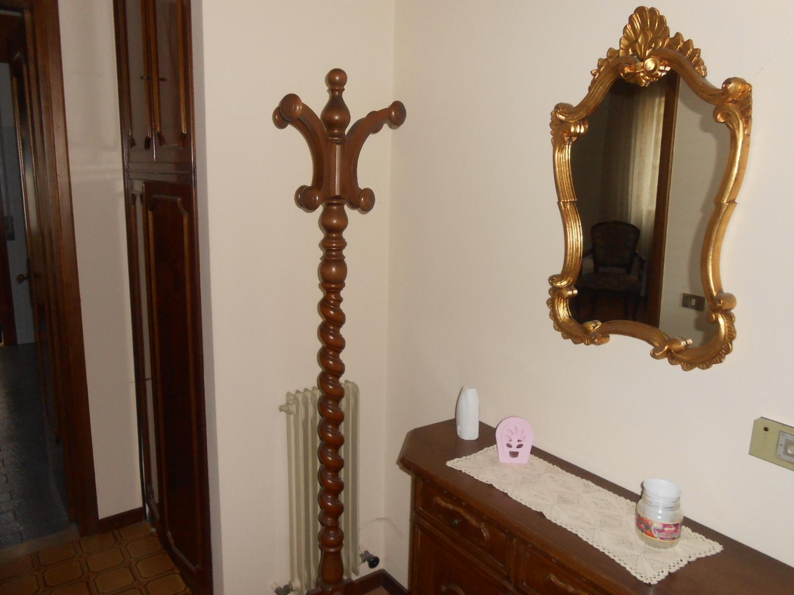 Appartamento in affitto a Conegliano, 4 locali, prezzo € 500 | Cambio Casa.it
