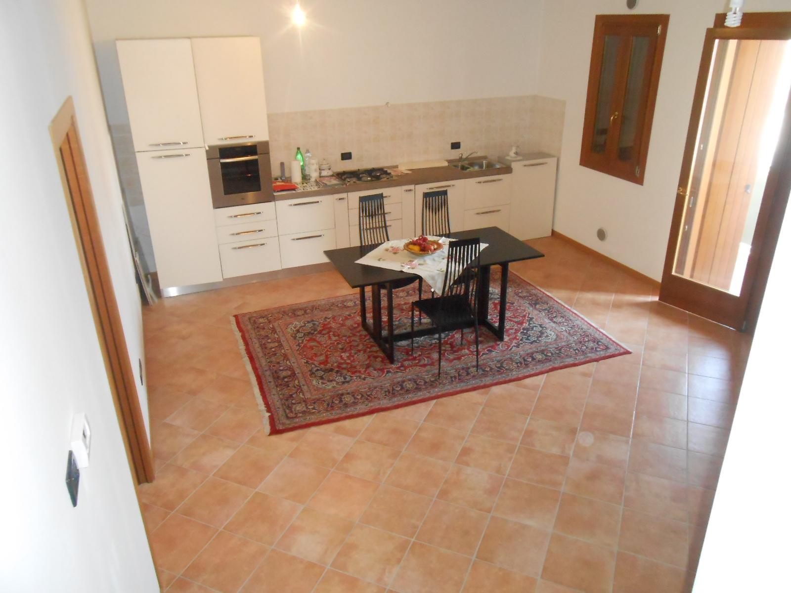 Appartamento in vendita a Mareno di Piave, 5 locali, prezzo € 150.000 | Cambio Casa.it