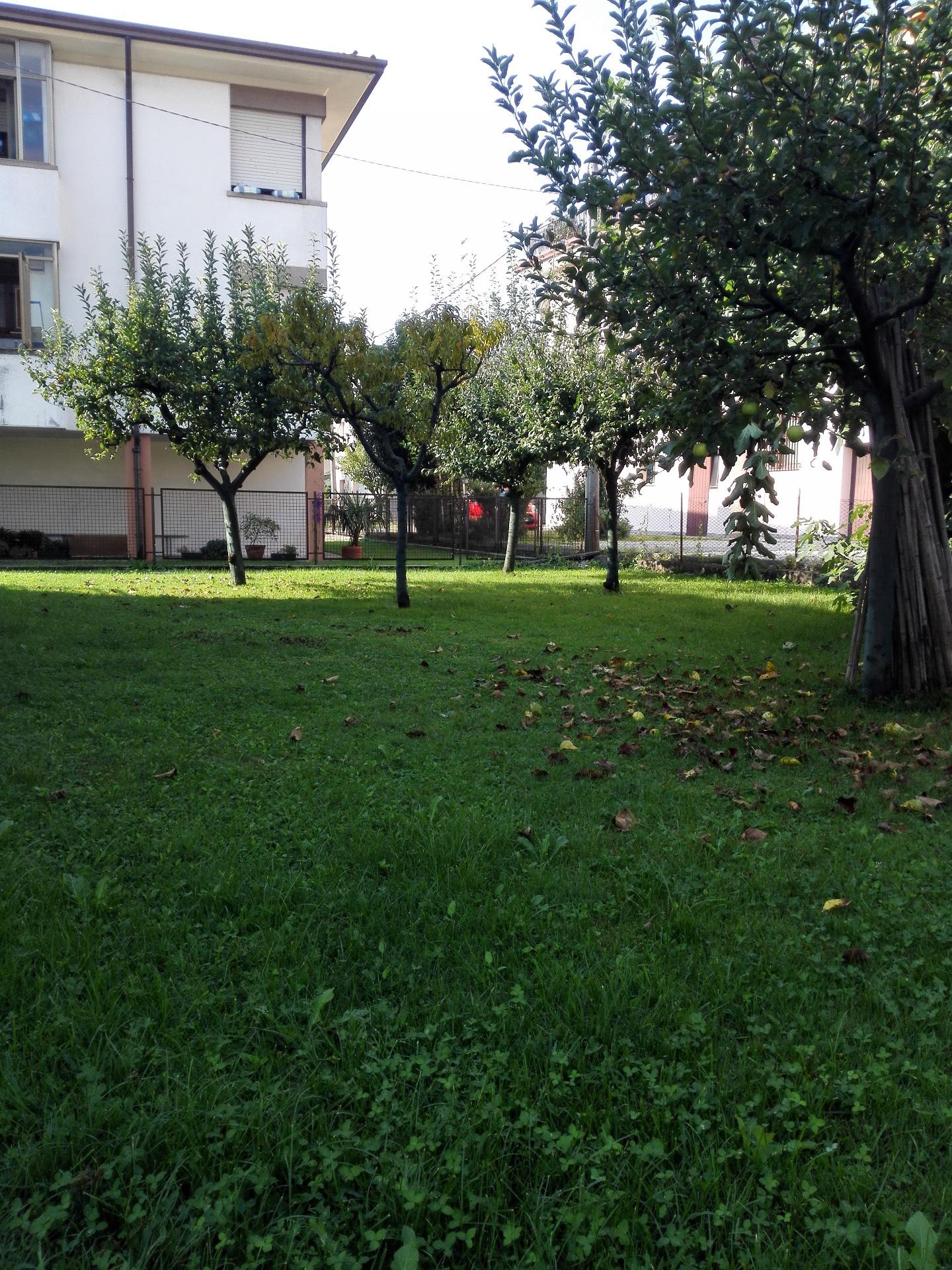 Soluzione Indipendente in vendita a Conegliano, 9 locali, zona Località: ViaLourdes, prezzo € 290.000 | Cambio Casa.it