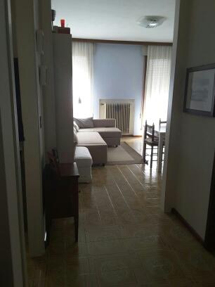 Appartamento in vendita a Conegliano, 5 locali, zona Località: Conegliano, prezzo € 98.000 | Cambio Casa.it
