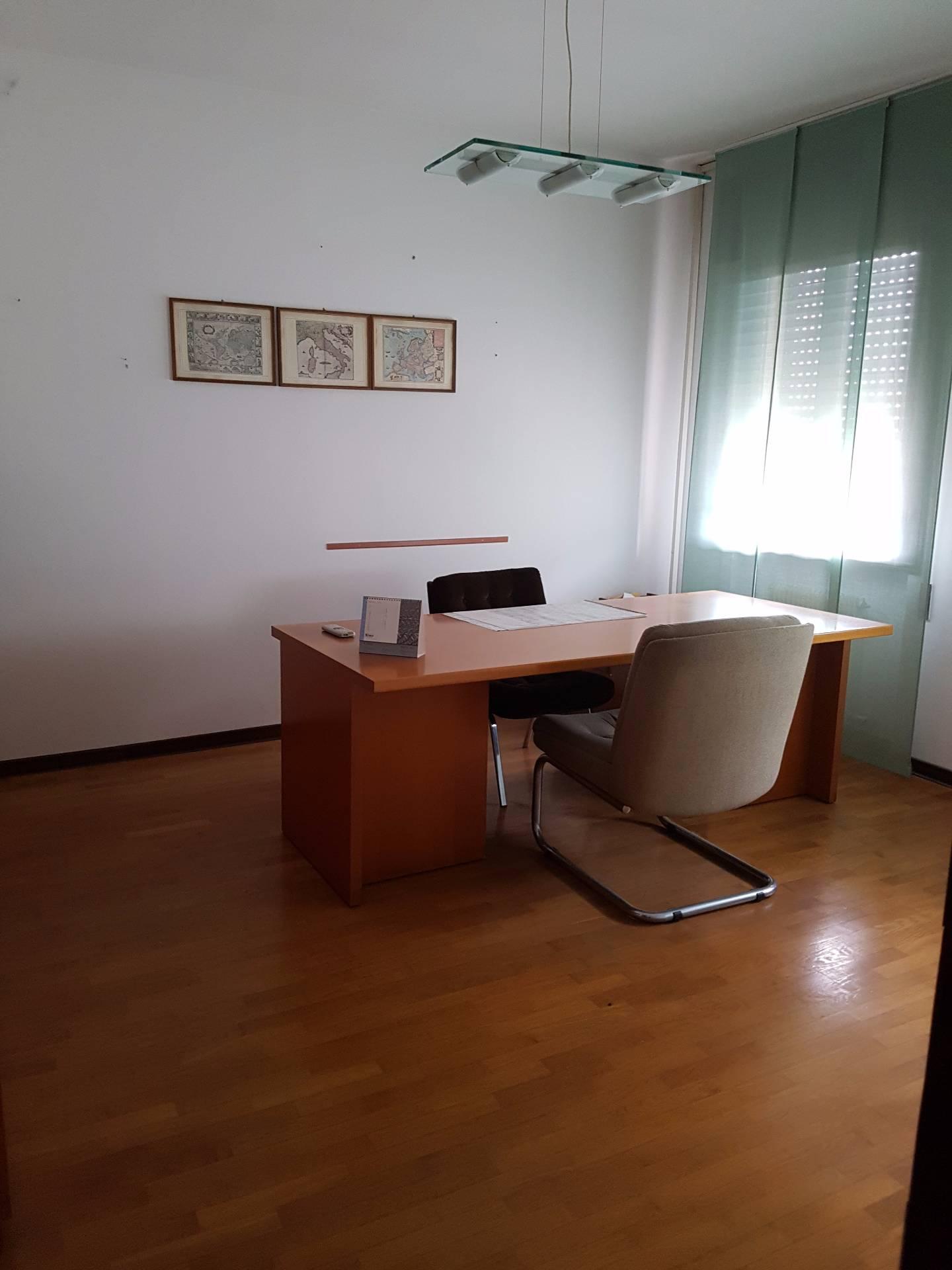 Ufficio / Studio in affitto a Mareno di Piave, 9999 locali, zona Zona: Ramera, prezzo € 850 | CambioCasa.it