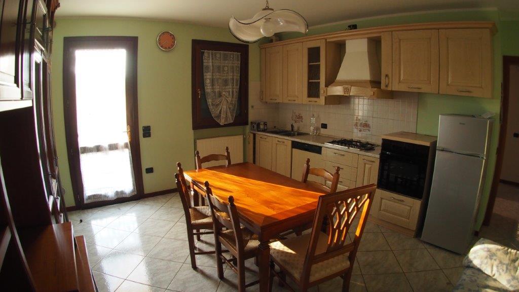 Appartamento in vendita a Paese, 4 locali, prezzo € 130.000 | CambioCasa.it