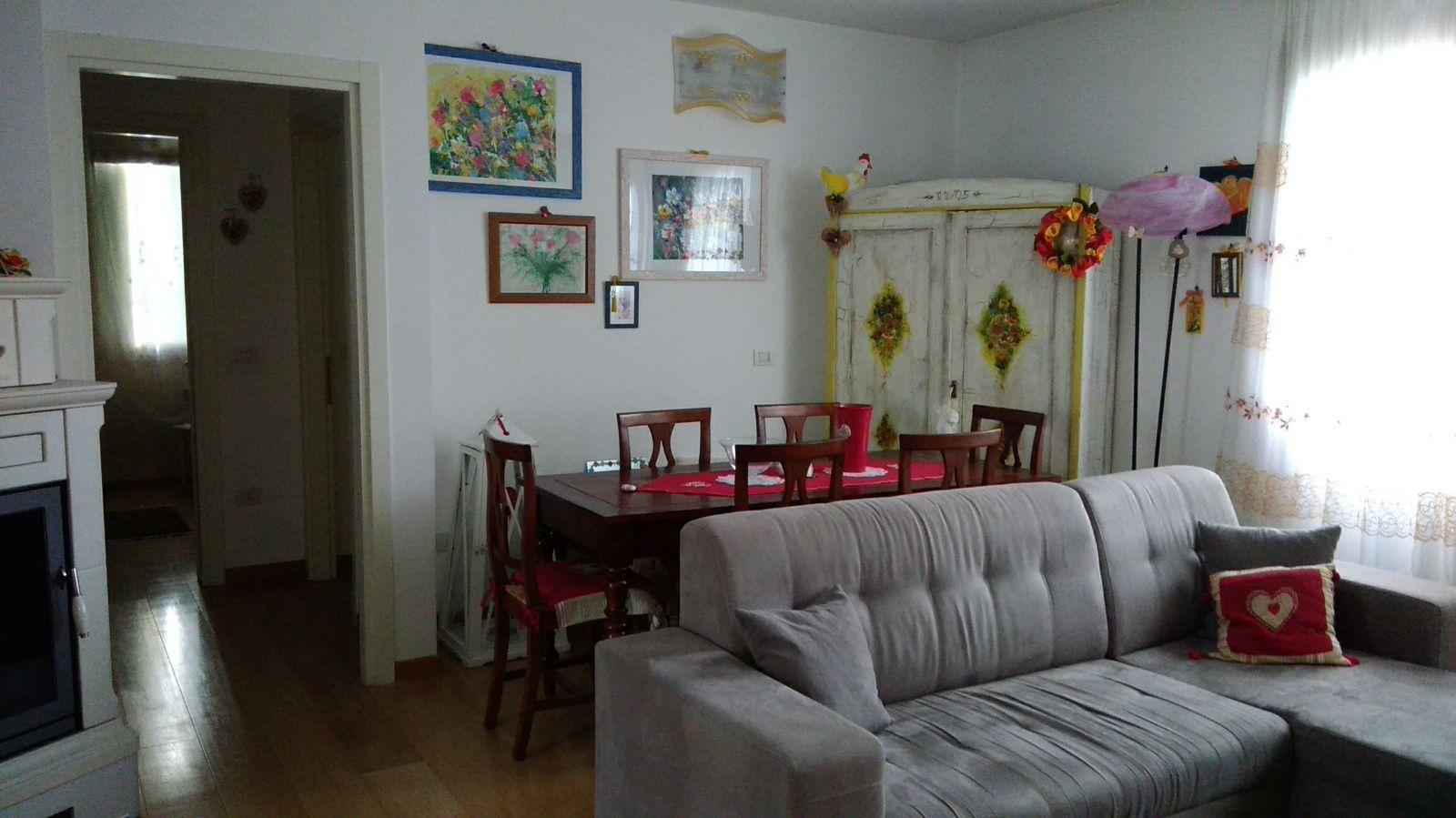 Appartamento in vendita a San Vendemiano, 6 locali, prezzo € 175.000 | CambioCasa.it