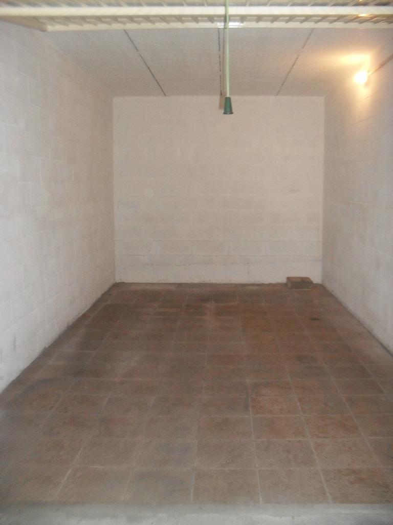 Box / Garage in vendita a Pietra Ligure, 1 locali, zona Località: Stazione, prezzo € 50.000 | CambioCasa.it