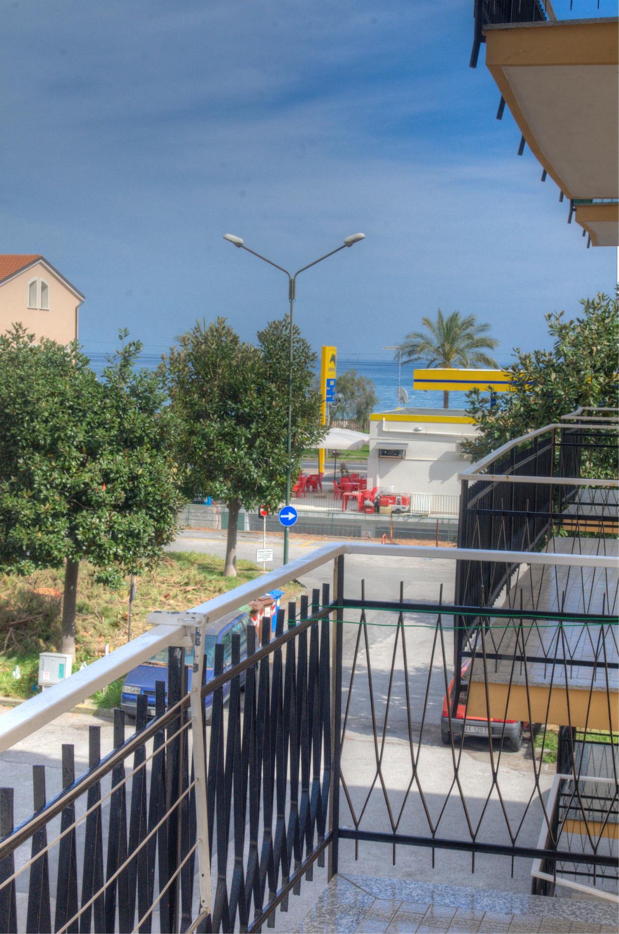 Bilocale Pietra Ligure Via Mameli 4