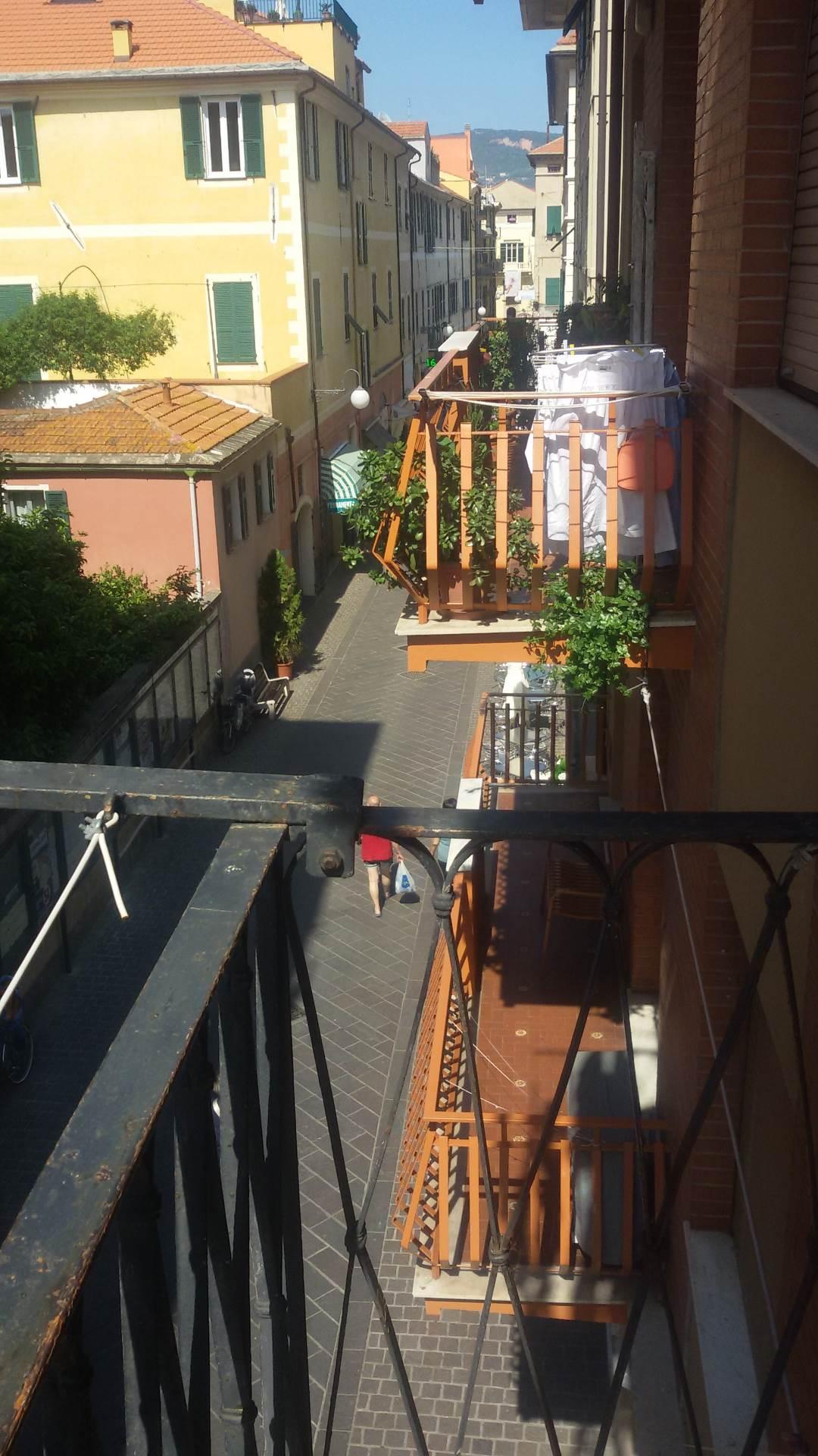 Bilocale Pietra Ligure Via Garibaldi 5