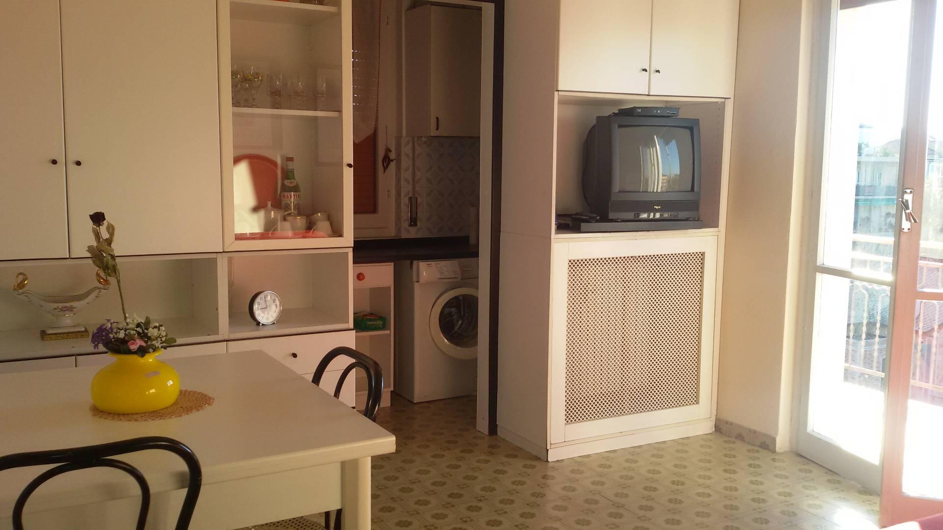 Appartamento in affitto a Pietra Ligure, 2 locali, zona Località: Stazione, prezzo € 550 | CambioCasa.it