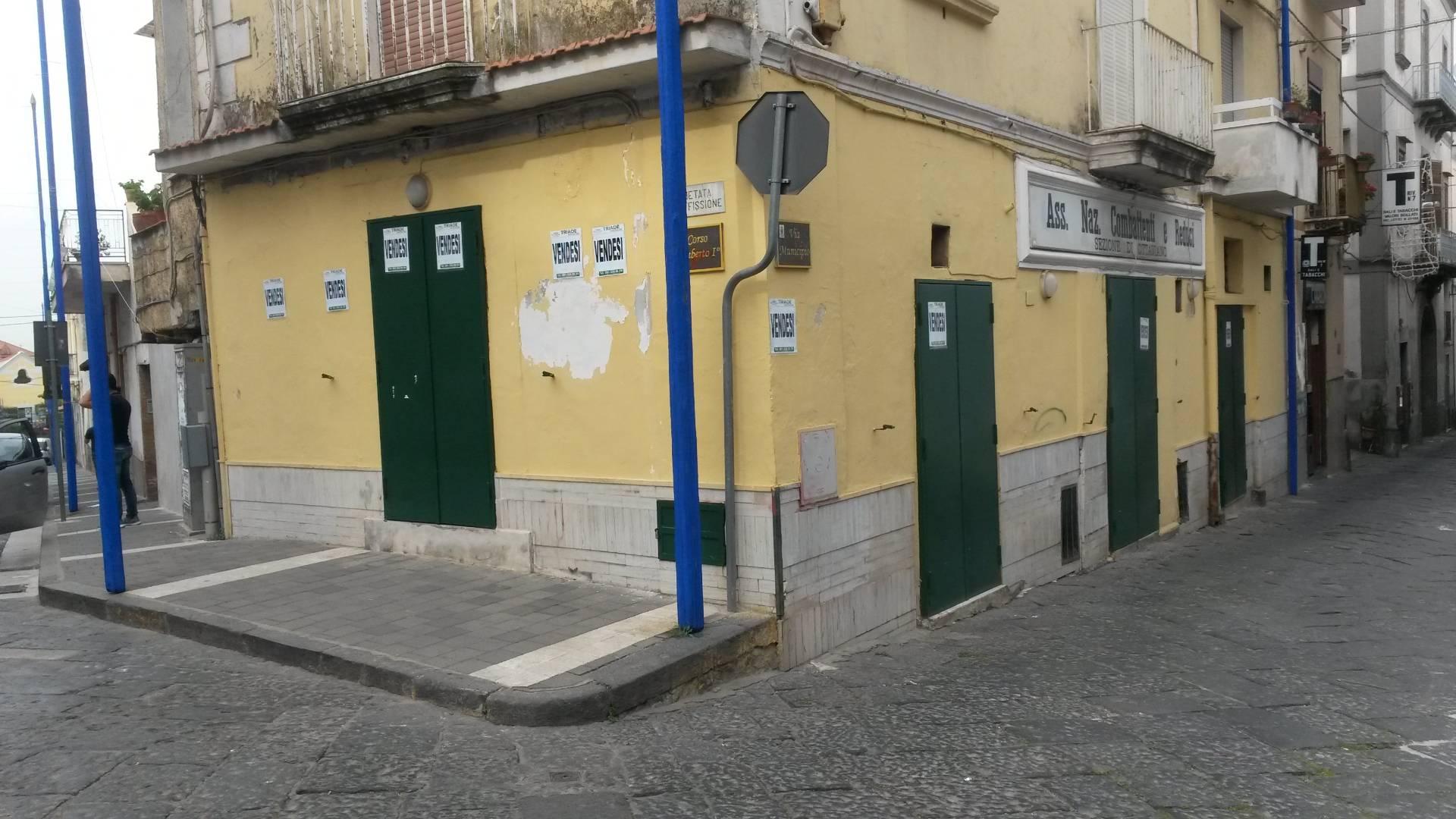 Negozio / Locale in vendita a Ottaviano, 9999 locali, prezzo € 165.000 | Cambio Casa.it