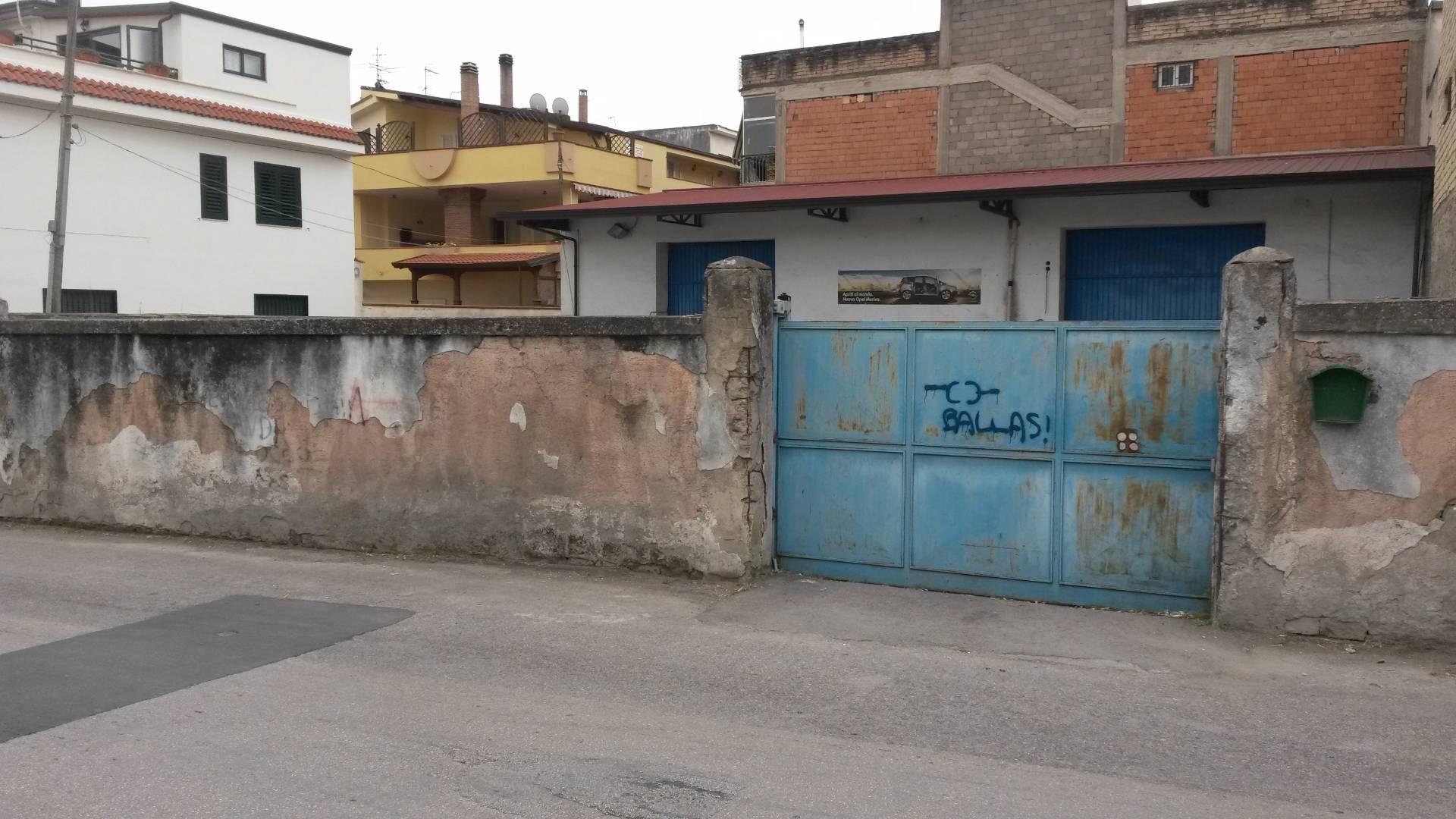 Capannone in affitto a Ottaviano, 9999 locali, prezzo € 1.000 | CambioCasa.it
