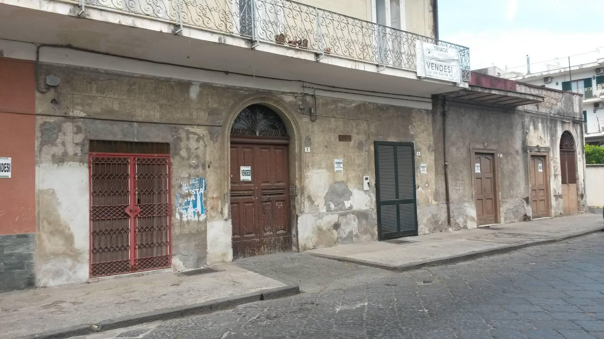 Soluzione Indipendente in vendita a Ottaviano, 15 locali, Trattative riservate | Cambio Casa.it