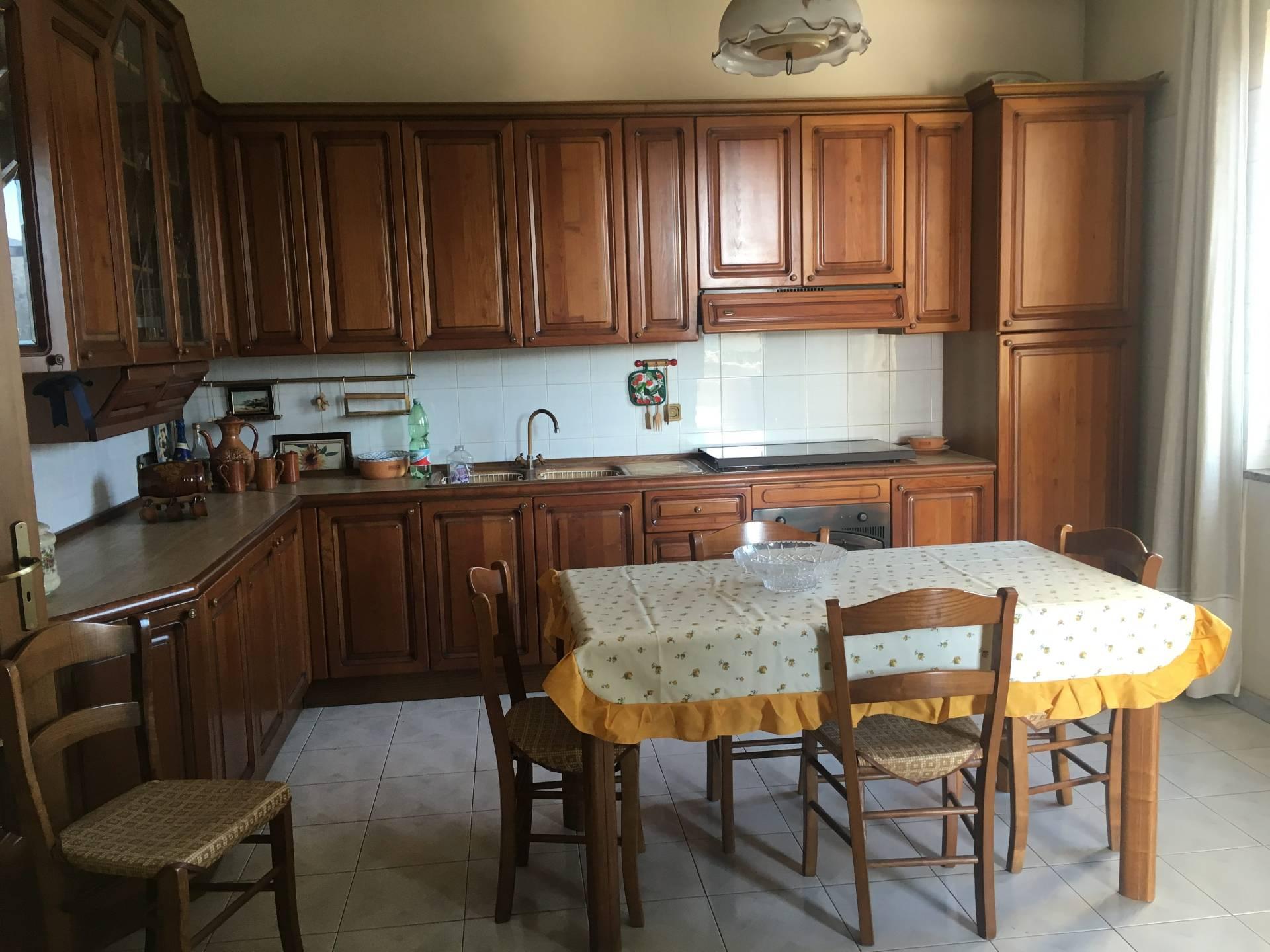 Appartamento in affitto a Ottaviano, 3 locali, prezzo € 450 | CambioCasa.it