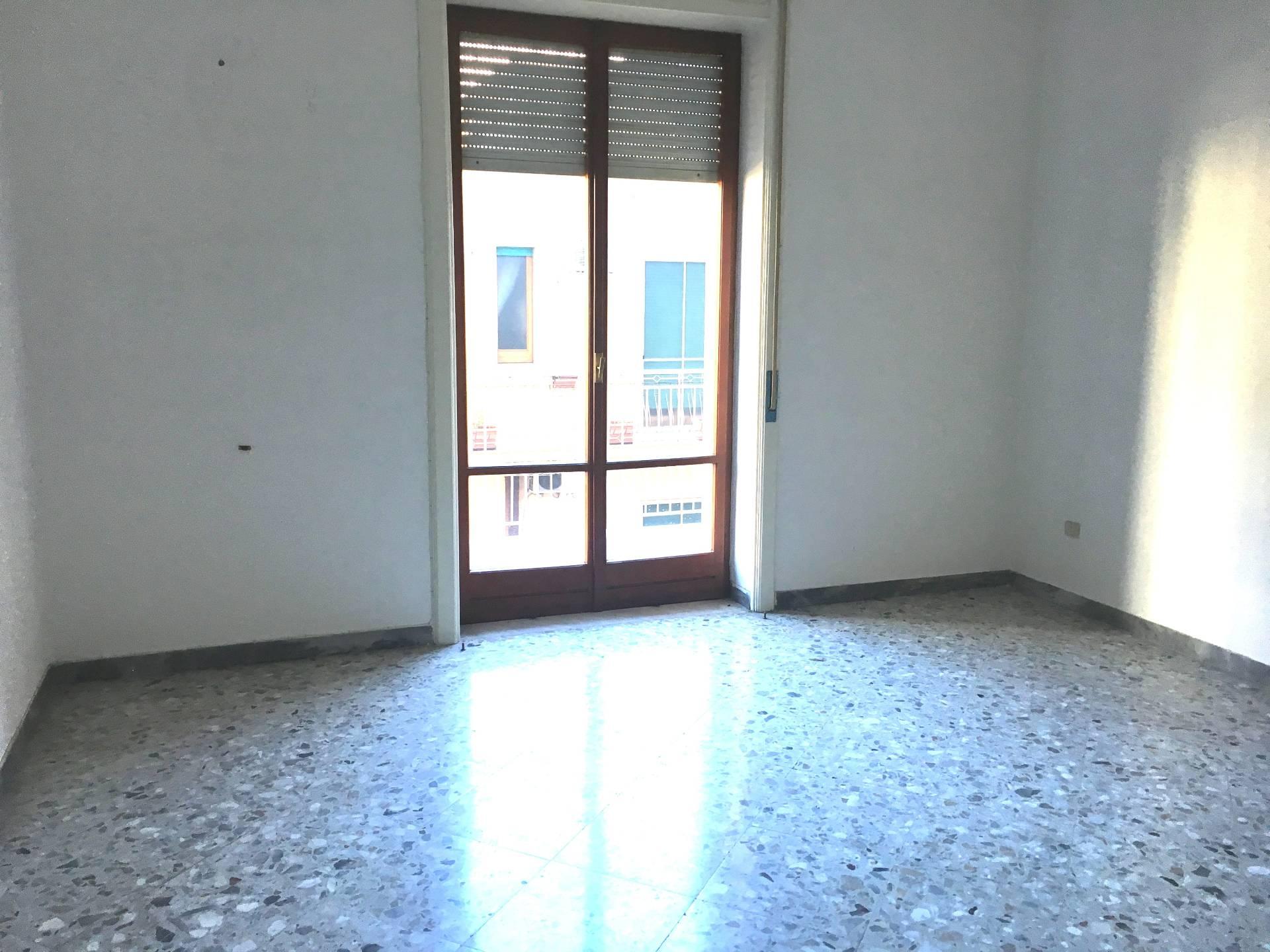 Appartamento in affitto a San Giuseppe Vesuviano, 3 locali, prezzo € 350 | Cambio Casa.it