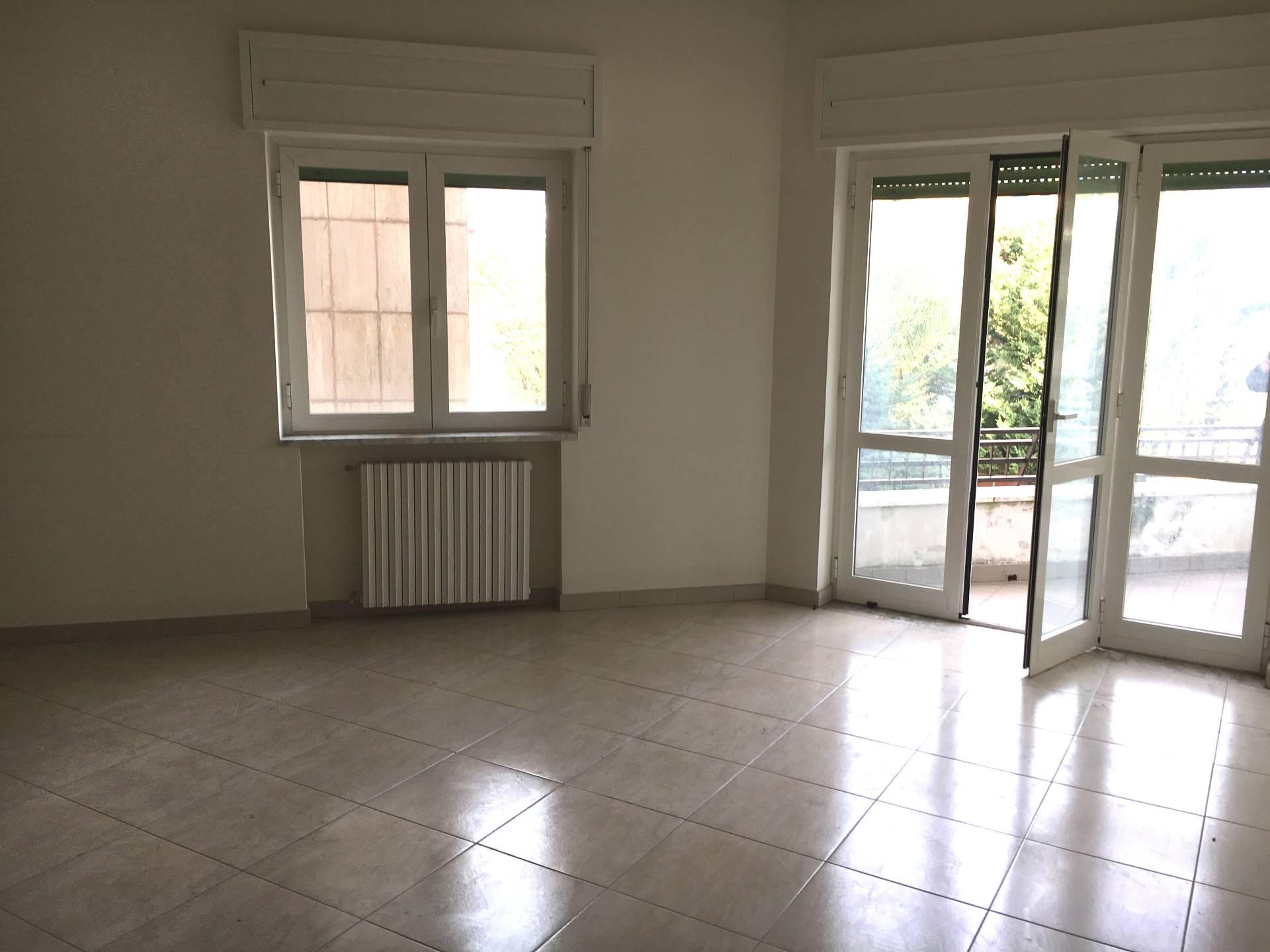 Appartamento in affitto a San Giuseppe Vesuviano, 3 locali, prezzo € 400 | CambioCasa.it