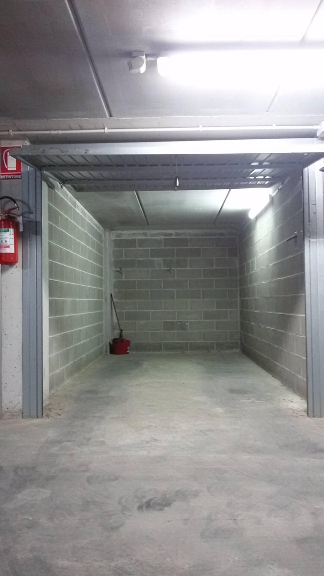 Box / Garage in Vendita a San Bartolomeo al Mare