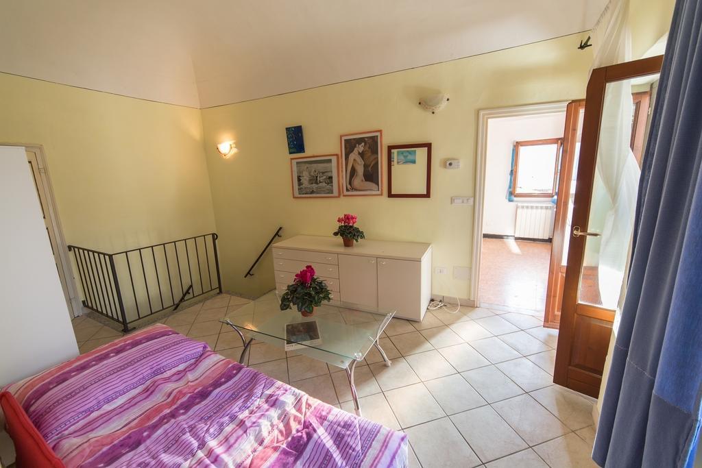 Appartamento in vendita a Chiusavecchia, 4 locali, prezzo € 48.000 | CambioCasa.it