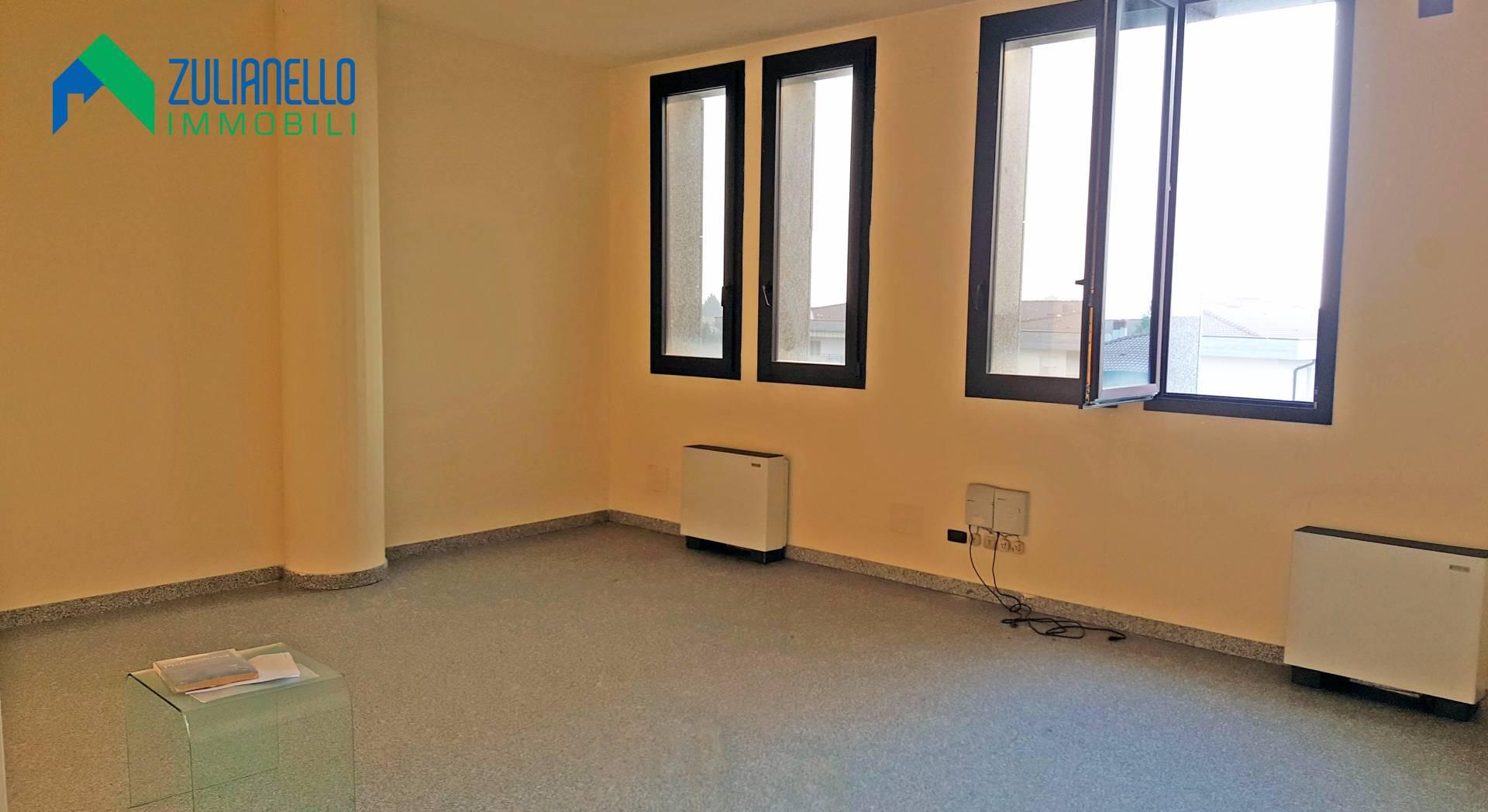 Rif 1711 ufficio in vendita a quarto d 39 altino for Visma arredo quarto d altino
