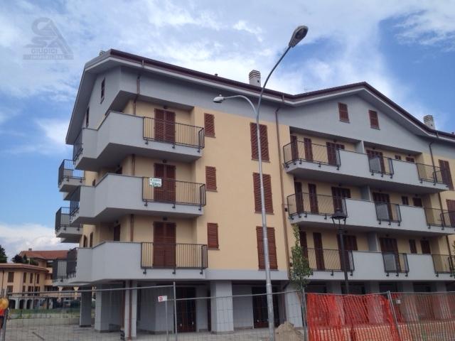 Bilocale Origgio Via Visconti 3