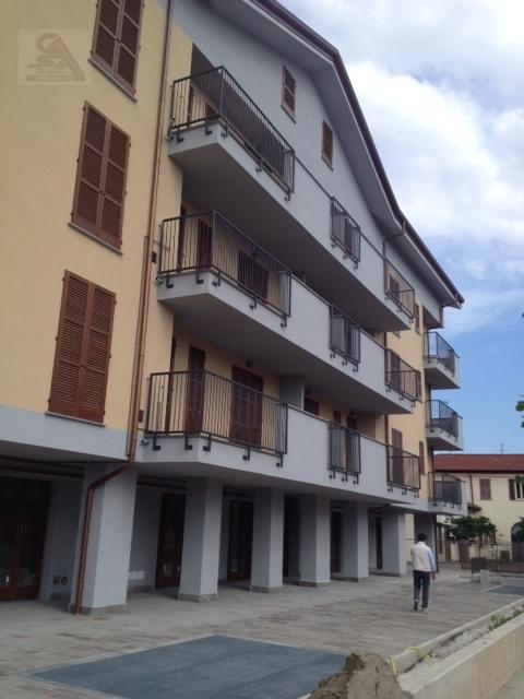 Bilocale Origgio Via Visconti 5