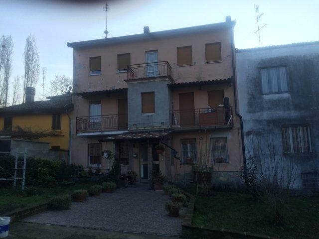 Soluzione Indipendente in vendita a Santa Maria della Versa, 5 locali, prezzo € 150.000 | CambioCasa.it
