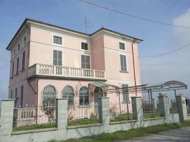 Soluzione Indipendente in vendita a Santa Maria della Versa, 5 locali, prezzo € 310.000 | CambioCasa.it
