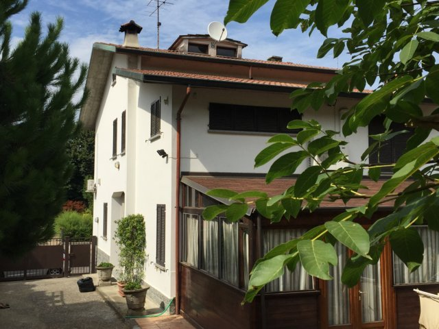 Villa in vendita a Stradella, 5 locali, prezzo € 330.000 | CambioCasa.it