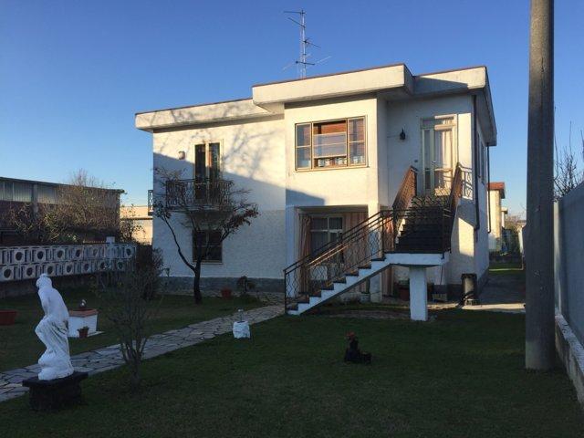 Villa in vendita a Portalbera, 5 locali, prezzo € 160.000 | CambioCasa.it