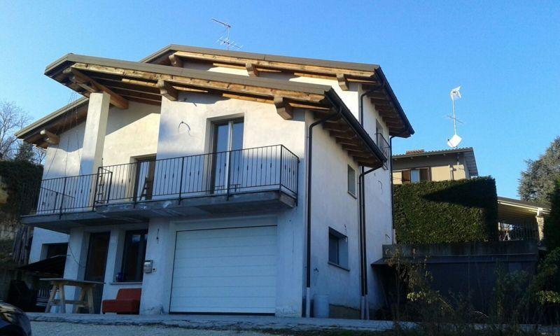 Villa in vendita a Stradella, 5 locali, prezzo € 450.000 | CambioCasa.it