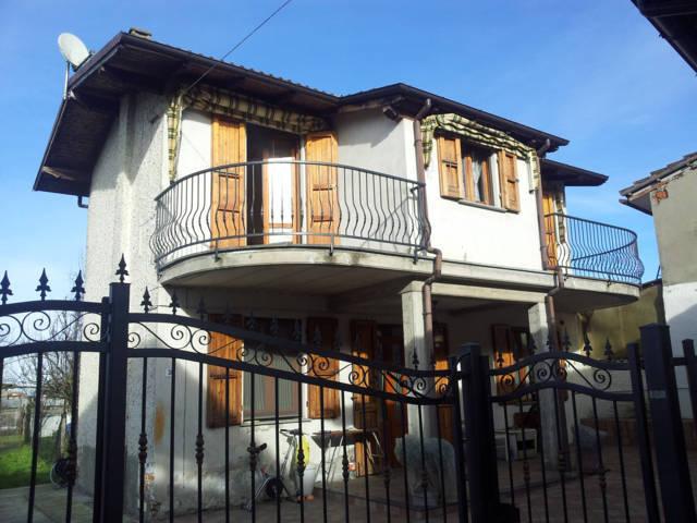 Villa in Vendita a Arena Po